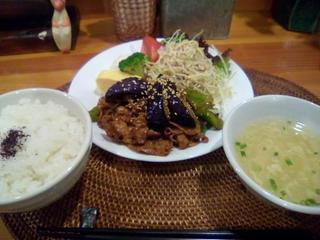 豚肉・なす・ピーマンの辛味噌炒め.jpg